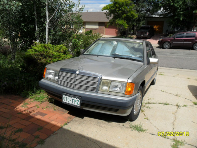 Mercedes benz 190 e 4 cly 2 3 liter mileage 107740 gold for Mercedes benz mileage