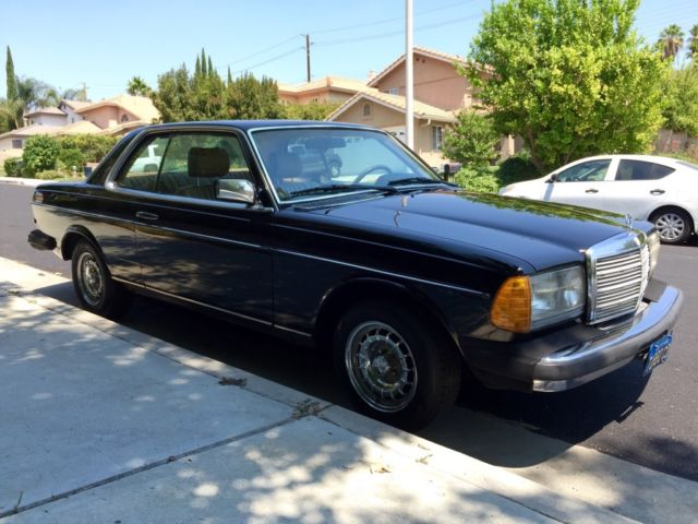 Mercedes benz 300 series w123 300cd 300cdt coupe for Mercedes benz coupes list
