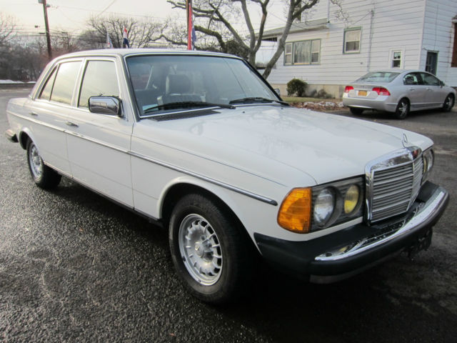 Mercedes benz 300d1984 rare find low mileage turbo diesel for Mercedes benz westwood