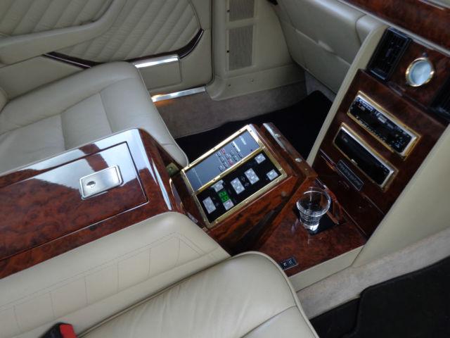 Used Car Usa >> Mercedes Benz Carat by Duchatelet Limousine w126 Only ...