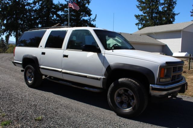 no reserve 1994 chevy suburban 2500 4x4 187k miles. Black Bedroom Furniture Sets. Home Design Ideas