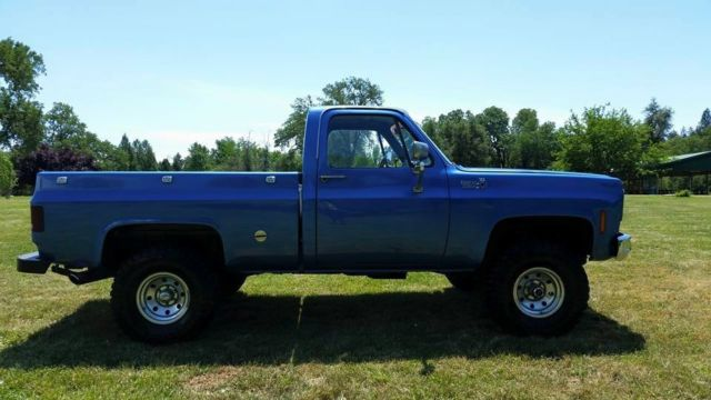 old chevy pickup restored k10 custom chevy truck blue square body. Black Bedroom Furniture Sets. Home Design Ideas