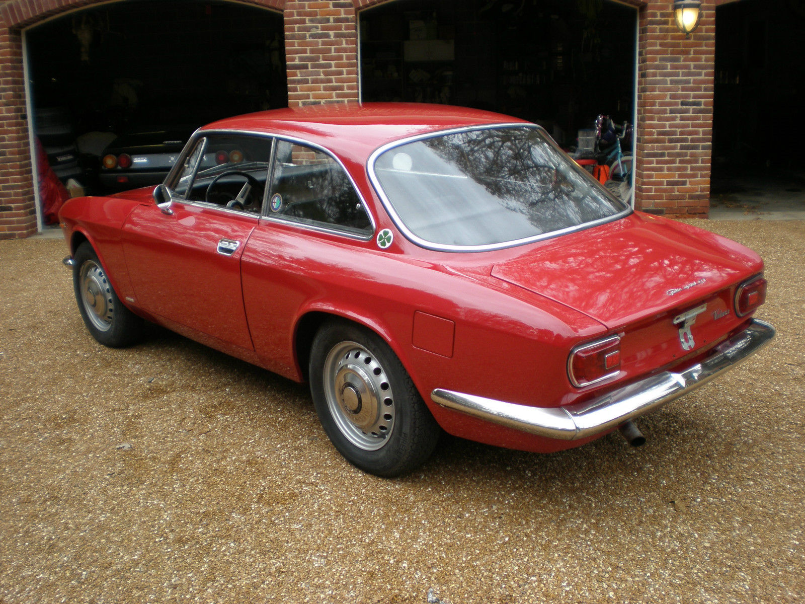 restored 2 owners 1967 alfa romeo giulia sprint gt 1600. Black Bedroom Furniture Sets. Home Design Ideas