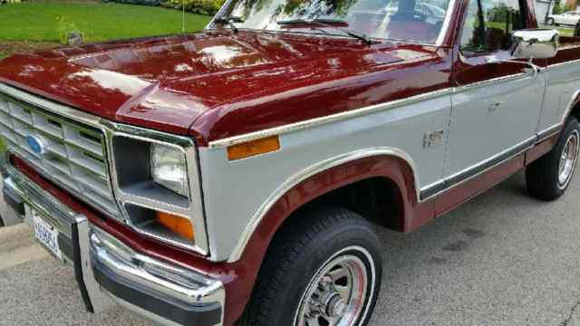 survivor  ford  xlt lariat  pickup extensive