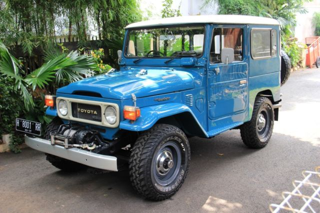 toyota-land-cruiser-bj40-fj40-bj-fj-40-diesel-1982-right-hand-drive-like-new-1.jpg