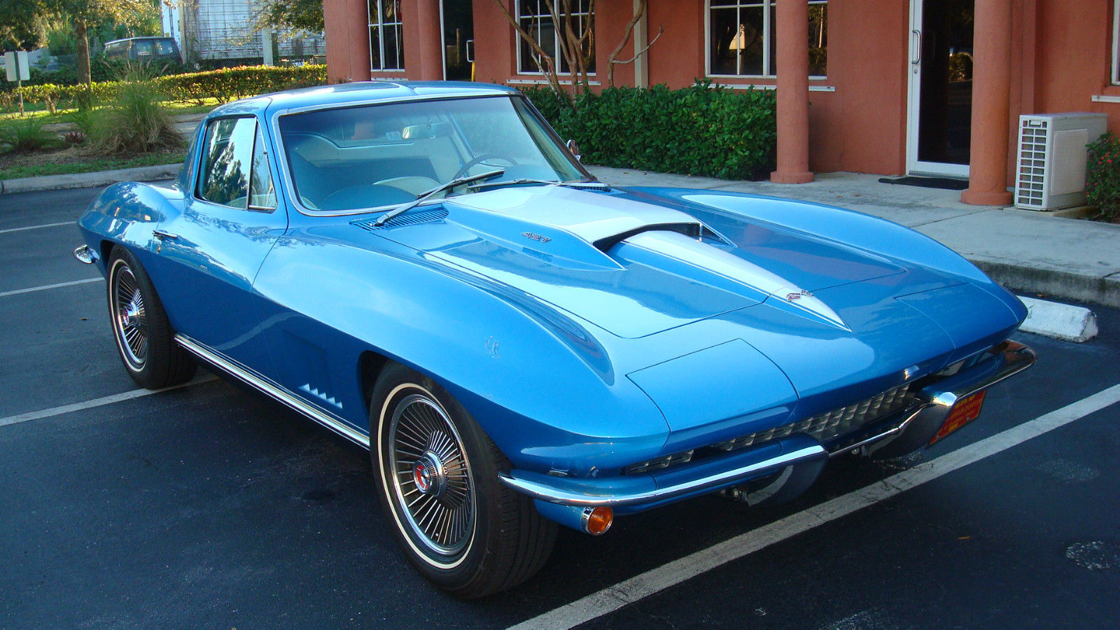 triple crown duntov winning 1967 corvette coupe. Black Bedroom Furniture Sets. Home Design Ideas
