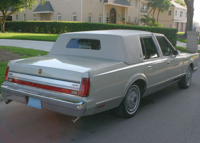 Two Owner Special Edition 1988 Lincoln Aha Formal Towncar 44k