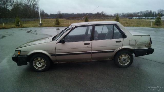Used 87 Toyota Corolla Le 1 6l I4 Cheap Gold Brown Cloth Radio Hitch