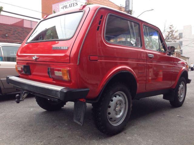 vaz 2121 niva lada 1988 red 4x4 russian suv. Black Bedroom Furniture Sets. Home Design Ideas