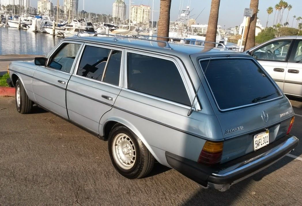 Very Dry Californian 81 Mercedes W123 300 Td Station Wagon Very