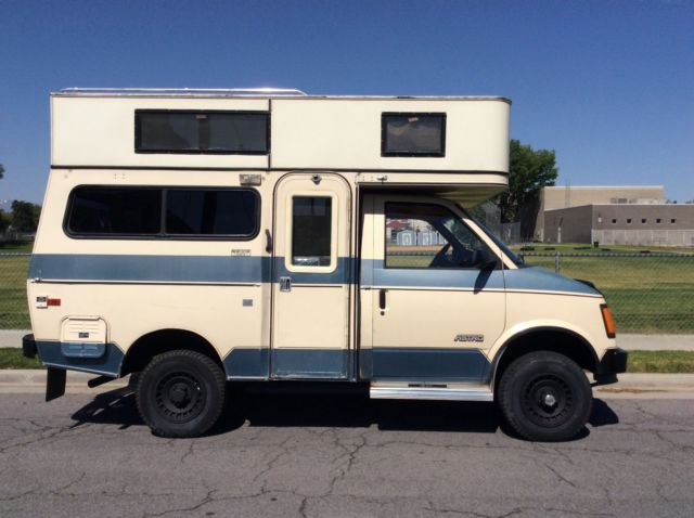 Chevy Astro For Sale >> Video 47,000 miles Chevrolet 4X4 Astro Camper Motorhome Van crawler camping rv