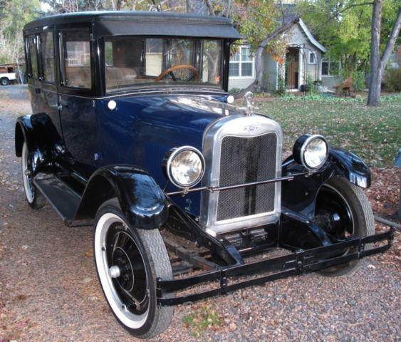 VINTAGE 1925 CHEVY (CHEVROLET) 4 DOOR SEDAN (SUPERIOR