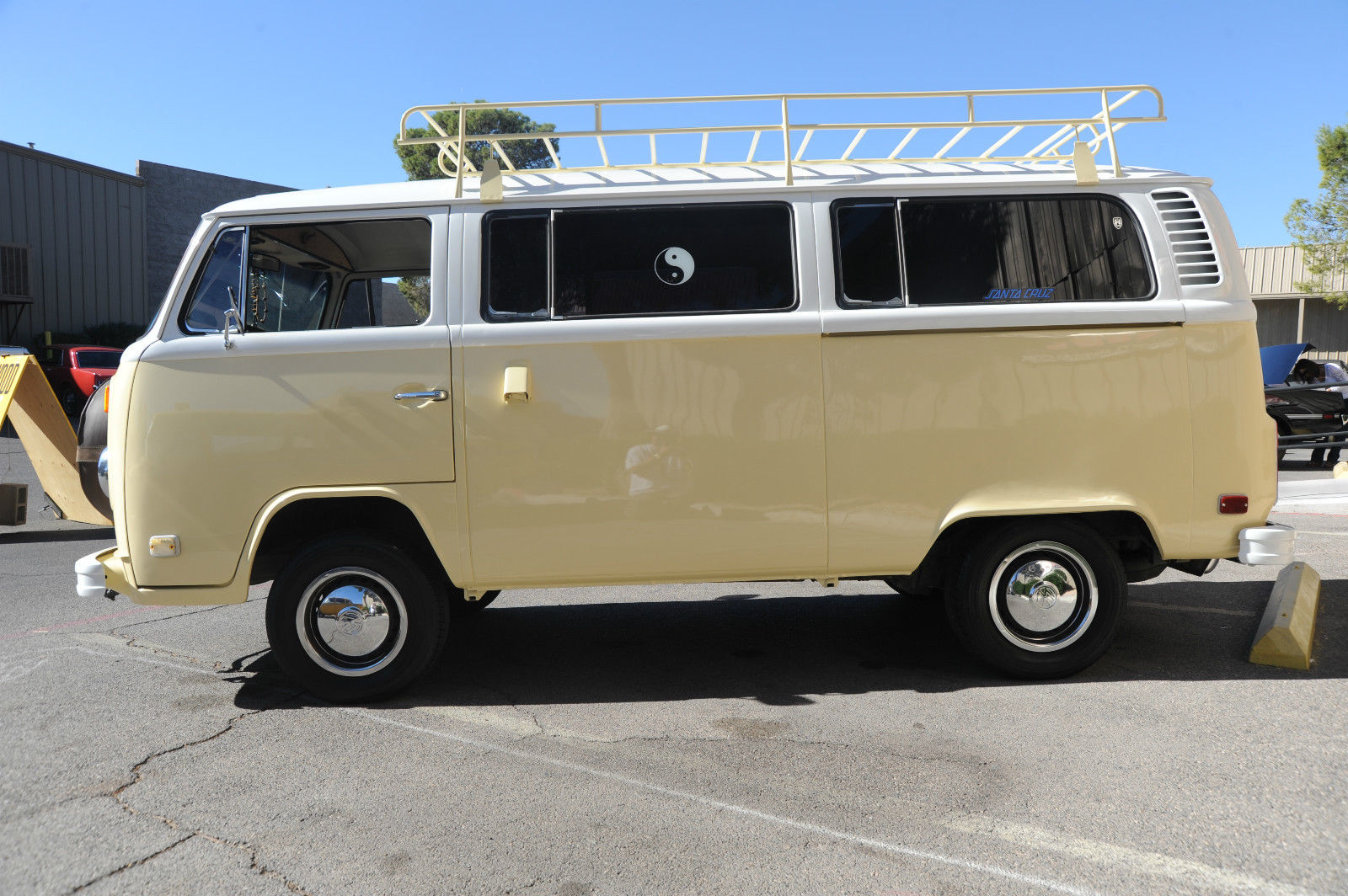 Wow 1974 Vw Kombi Hippie Bus New Paint Nice Interior Runs Great