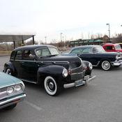 1946 dodge deluxe 4 door sedan for 1940 dodge 2 door sedan